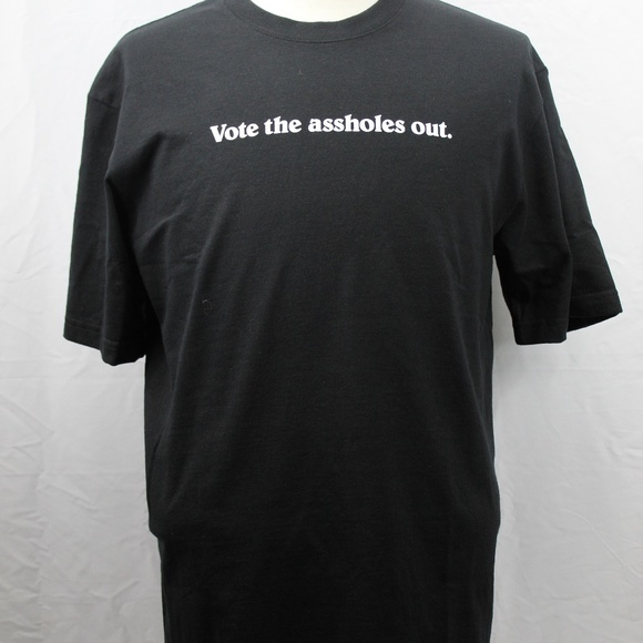 """Patagonia """"VOTE THE ASSHOLES OUT"""" M Black T-Shirt"""